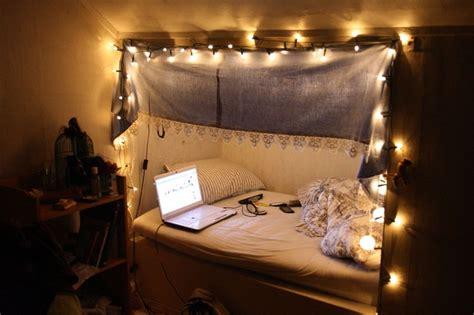 bedrooms with christmas lights hang christmas lights in bedroom beige soft fur carpet