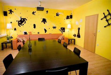 yellow decor ideas how to decorate with black white yellow