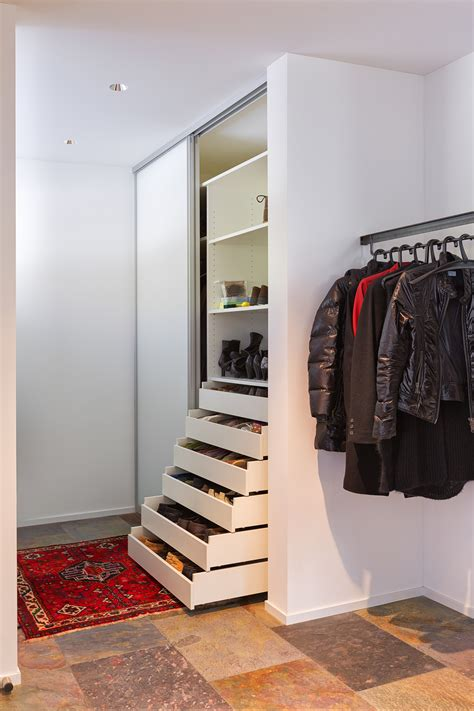 eingang garderobe nischenschrank auf zu