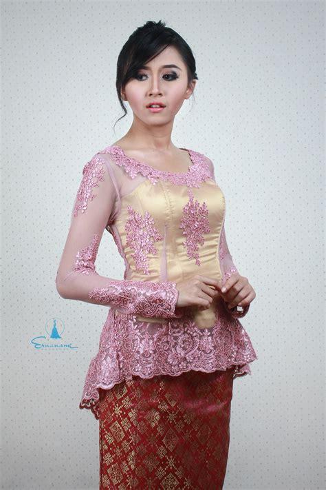 Kebaya Bali Modern Modifikasi Wisuda Wedding 10 kebaya modern kebaya modern pink emas ernanami wardrobe