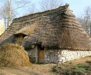 maison paysan moyen age