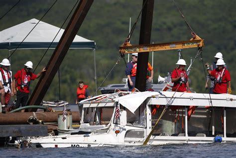 duck boat lawsuit lawsuit filed in fatal duck boat sinking seeks 100