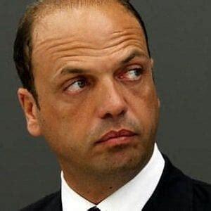 ministri dell interno italiani due ministri dell interno in italia sono troppi