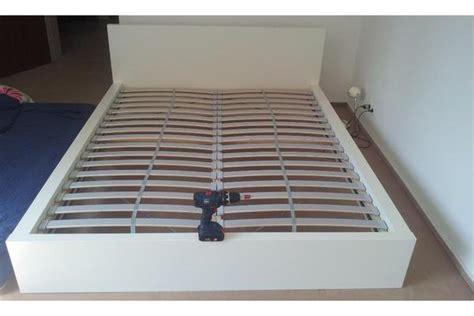 schiebetür möbel leiner schlafzimmer betten