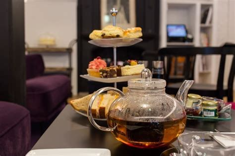 la tea room la nouvelle tea room de w h smith toutpourlesfemmes