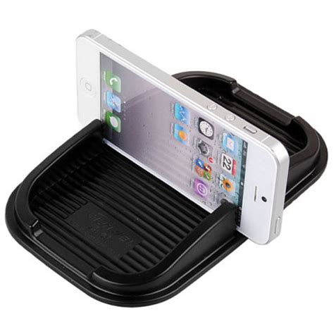 Dashboard Mat by Sticky Dashboard Mat For Smartphones