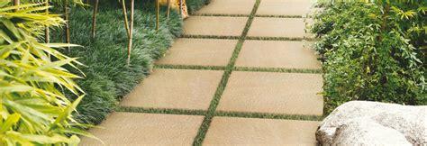 revetement de sol jardin le rev 234 tement de sol pour terrasse et jardin