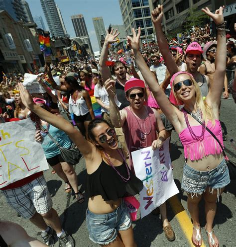 new year parade toronto 2015 s rights barred from toronto s pride parade
