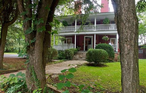 red house inn brevard charming small town b bs bed and breakfast