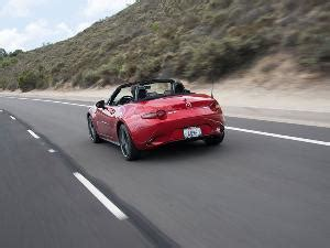 9 things you need to know about the 2017 fiat 124 spider