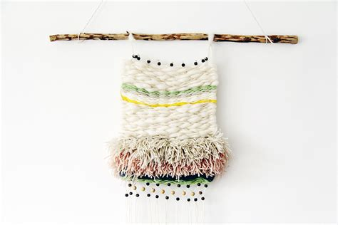 Wall Hanging Tutorial - diy woven wall hanging fall for diy