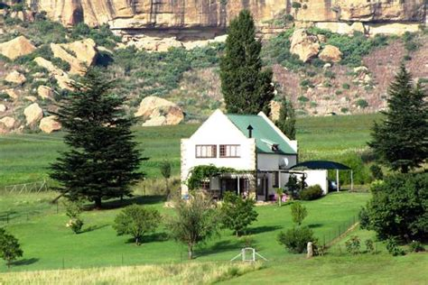 Cottage Retreat Bedroom Set rehoboth lodge clarens accommodation clarens self