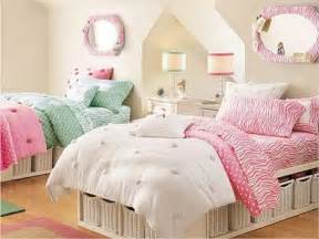 Awesome Hello Kitty Room Decorating Ideas #5: Ideas-for-Little-Girl-Rooms-Twin-Bedroom-Design.jpg