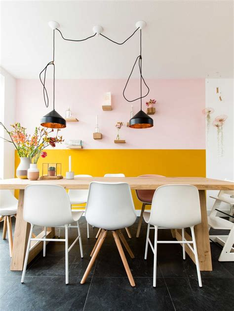 Trendy Dining Room Colors by Best 25 Pale Yellow Walls Ideas On Yellow Kitchen Walls Pale Yellow Kitchens And