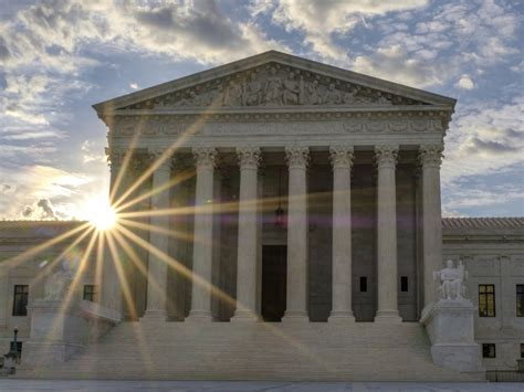 us supreme court supreme court backs broad enforcement of travel ban for