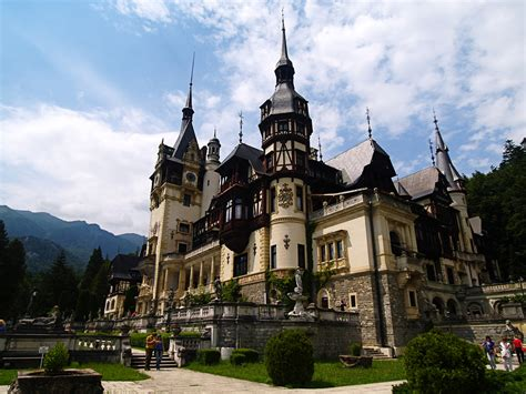 11 Best Images About Castle Best Castles To Visit Around The World Ealuxe