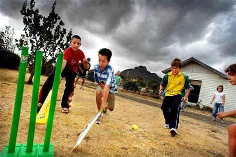 backyard cricket rules the rules that dictate backyard cricket bendigo advertiser