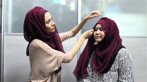 youtube tutorial wide shawl keen cameron wide cotton shawl pin less tutorial youtube