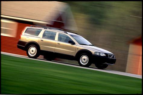 2001 volvo xc70 cross country volvo cars en terrain connu avec l arriv 233 e du v90 cross