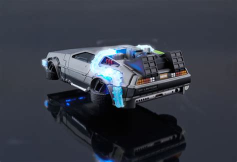 Batman In Future 0392 Casing For Iphone 7 Plus Hardcase 2d Light Up Bttf2 Time Traveling Delorean Iphone The