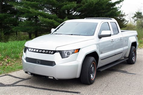 electric pickup truck workhorse introduces an electrick pickup truck to rival