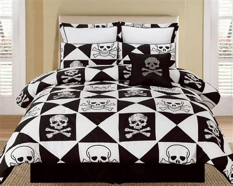 skull bed sets queen skull and crossbones bedding set bedding pinterest
