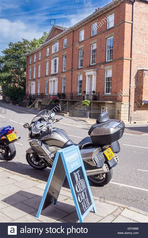 Motorrad Grimsby by Bmw Shop Stockfotos Bmw Shop Bilder Alamy