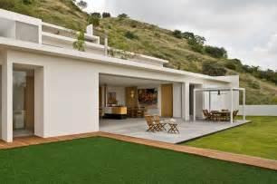 Luxury Houses Design - modern house exterior color design modern house
