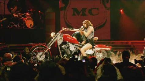 miley cyrus i love rock n roll en halloween dvd miley cyrus i love rock n roll live at the o2