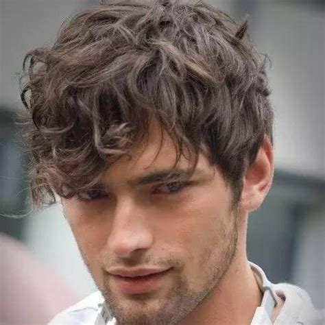 Mens Hairstyles For Wavy Hair by 50 Smooth Wavy Hairstyles For Hairstyles World