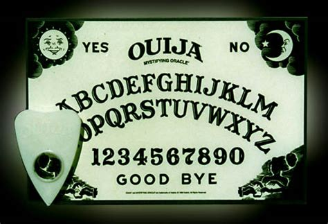 tavola ouija virtuale scary stuff ouija boards haunted dolls exorcism and more