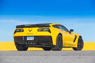 Corvette Z06 Vs 2015 Chevrolet Corvette Z06 Rear Three Quarters Photo 10
