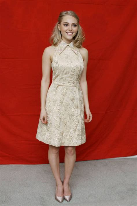 7 Gorgeous Dresses By Pinup Couture by Quot The Carrie Diaries Quot Annasophia Robb Wears A Ss13