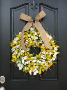Wreaths For Front Doors Tulips Front Door Wreath Door Wreaths Tulips