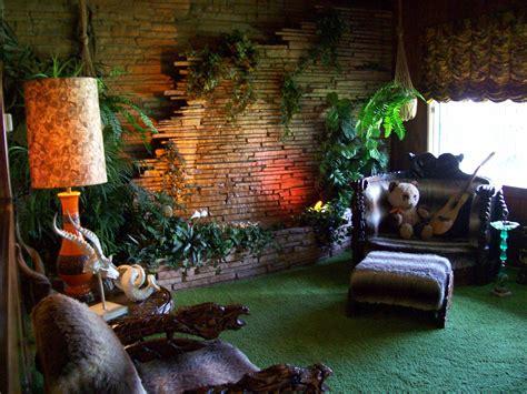 jungle themed room m 228 haluan ton pandan ja kitaran koti in 2019 jungle room tiki room room