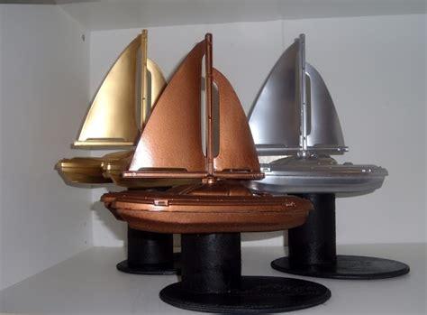 best paint for raingutter regatta boats 105 best images about diy trophies on pinterest toys