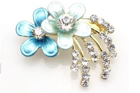 Beautiful Brooches From The Jewellery Stall by Free Shipping Fashional And Beautiful Brooches Hijap Pins