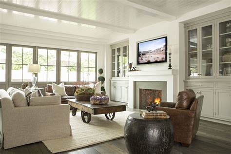 Home Crush Modern Farmhouse relaxed california style living room simplified bee