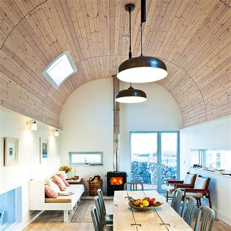 Dining Room Pictures For Walls by 15 Design Ideas For Vaulted Ceilings Homebuilding