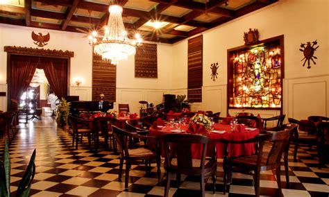 bersantap ala bangsawan  oasis restaurant wisata kuliner