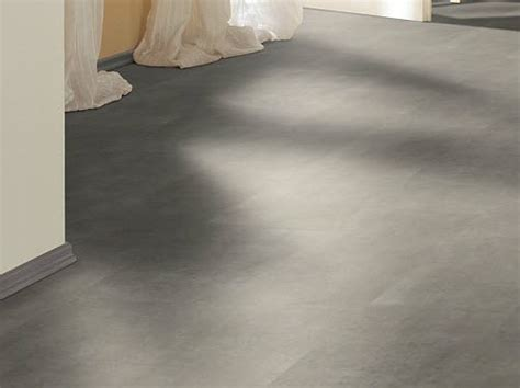 installation of laminate flooring on concrete best