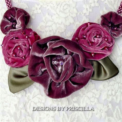 Kalung Choker Velvet Flower Pearls 6886 lavender pink roses velvet flower necklace pearl beaded
