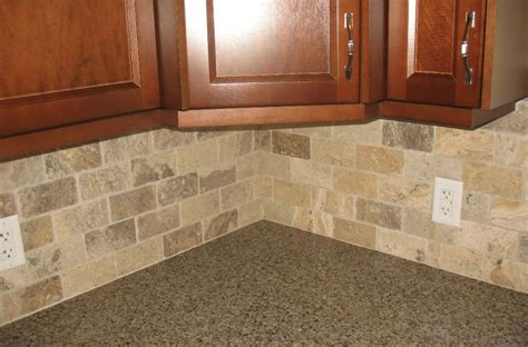 backsplash with maple cabinets kitchen backsplash ideas with maple cabinets quartz