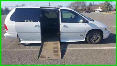 auto body repair training 2000 chrysler town country transmission control van wheelchair handicap power r chrysler town country 2000 limited used 3 8l