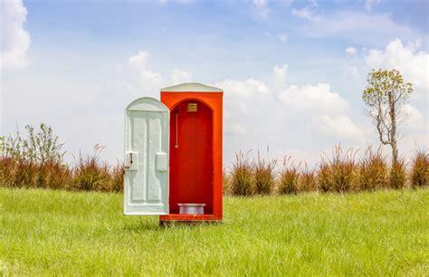 garten toilette toilette im gartenhaus diese 4 m 246 glichkeiten gibt es
