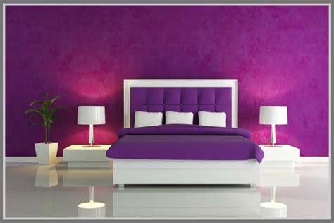 Aplikasi Warna Pada Interior uniknya warna ungu saat diaplikasikan pada interior rumah