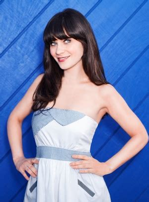 'new girl' star zooey deschanel found success her own way