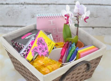 Office Supplies Gift Basket 25 Best Ideas About Office Survival Kit On