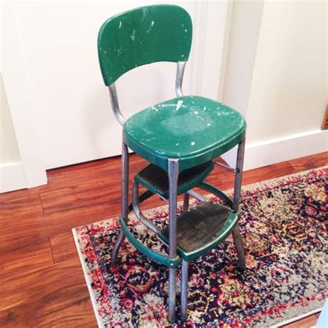 Is Green Stool Bad by Thrift Score Thursday Bright Green Door
