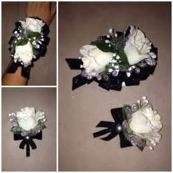 how to make corsages and boutonnieres 17 best images about corsages boutonnieres on groomsmen white roses and flower